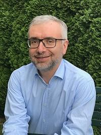 法布里奇奥·齐利博蒂(Fabrizio Zilibotti)